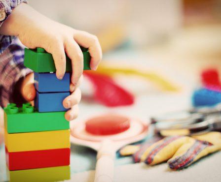 child-1864718_1920-e1548937070108.jpg